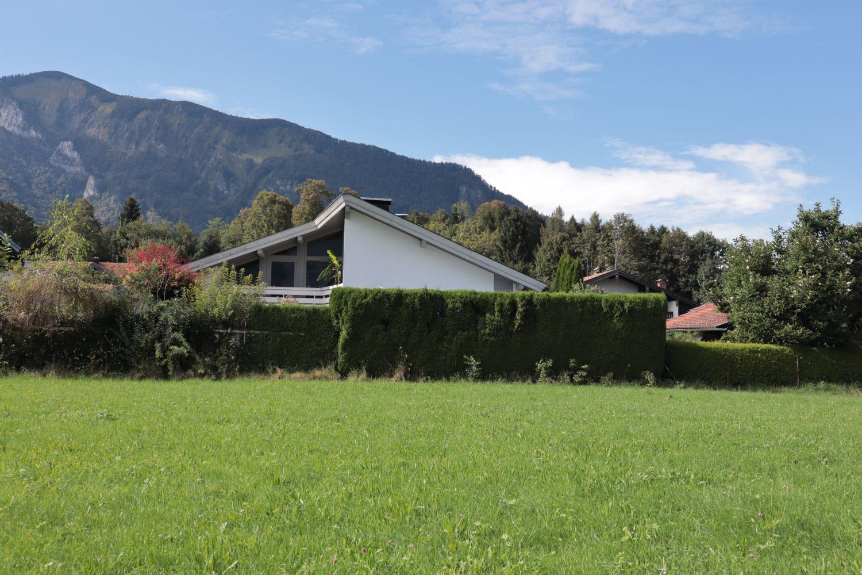 Südseite mit Blick auf die herrliche Bergregion