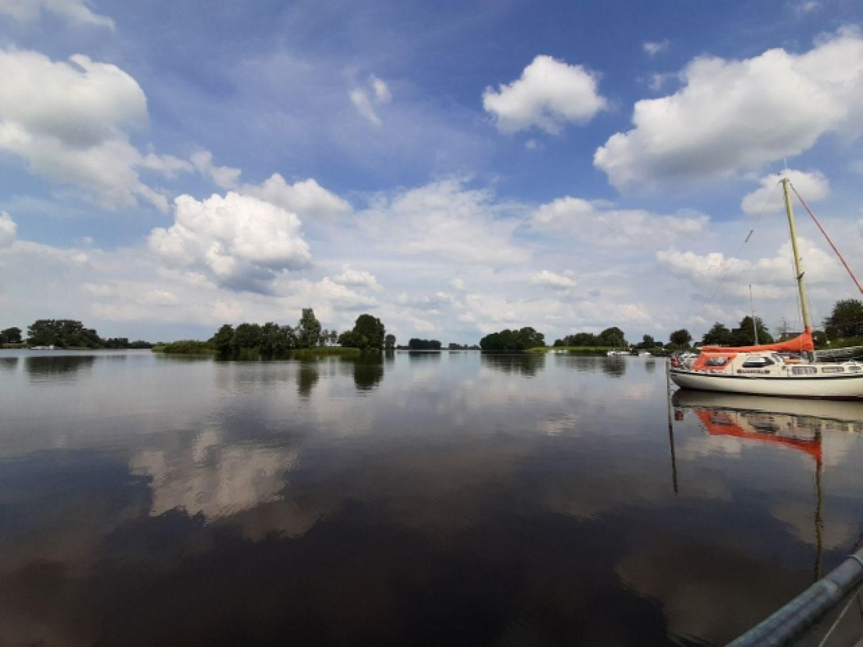 Kurzer Weg und Entspannung am Fluss Eider