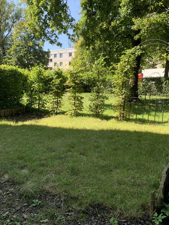 Außenansicht vom Garten u. Gemeinschaftsgarten